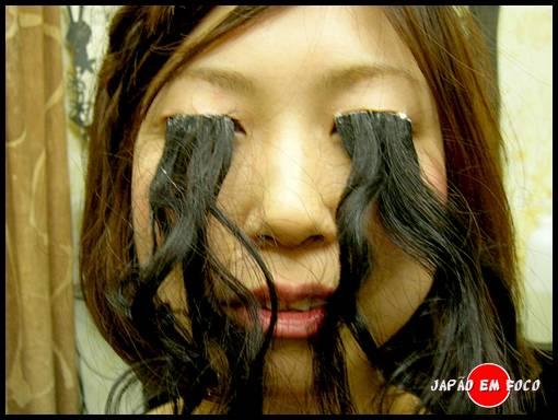 Geisha Asobi - Cílios Longos e Postiços feitos com o próprio cabelo