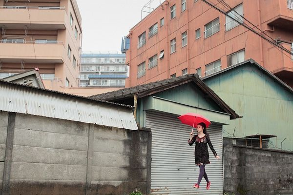 natsumi-hayashi-umbrella