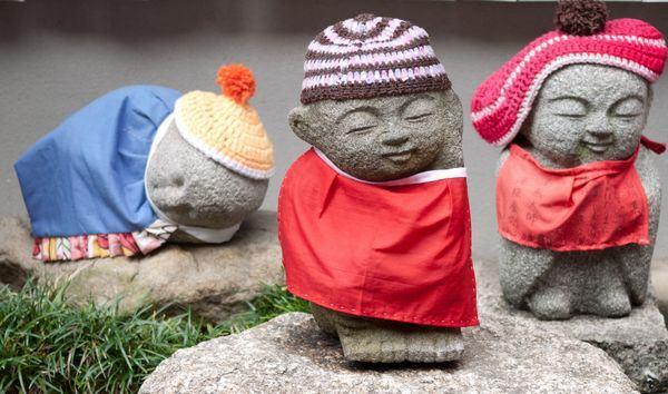 Jizo estátuas