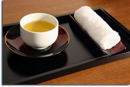 Oshibori, as toalhinhas usadas nos restaurantes