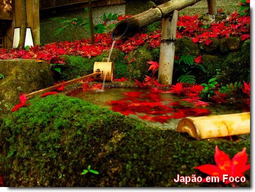Shishi-odoshi, fontes de bambu cascata japonesa