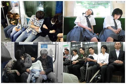 Inemuri é muito comum dentro dos trens fotos