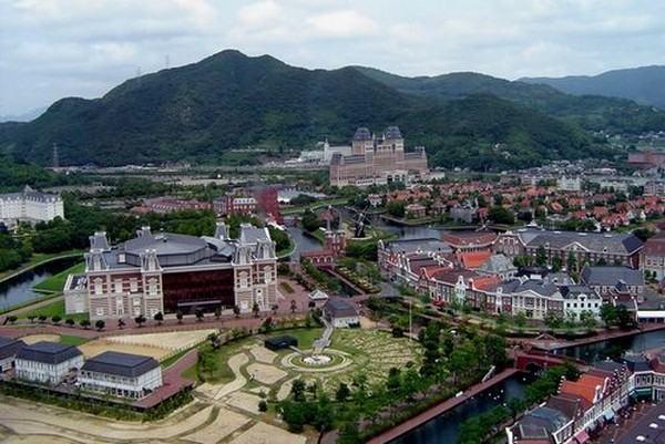 huis-ten-bosch-parque-tematico-localizado-em-sasebo-city-nagasaki