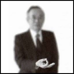 Gestos japoneses - Okane - dinheiro