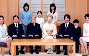 10 Fatos Loucos Sobre o Japão Fam%C3%ADlia-Imperial-Japonesa