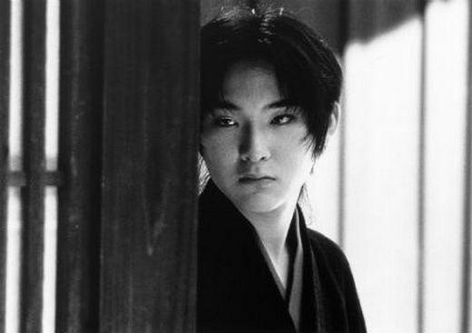 """""""Tabu"""" (1999), o último filme de Oshima, explora a homossexualidade · """""""