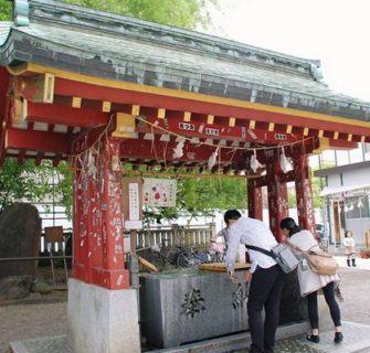 Temizuya- O ritual de Purificação nos Santuários Xintoístas