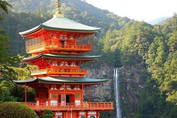 Resultado de imagem para templos budistas no japão