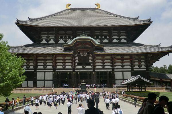 Os Templos Budistas mais bonitos do Japão - Todai-ji (nara-park.com)