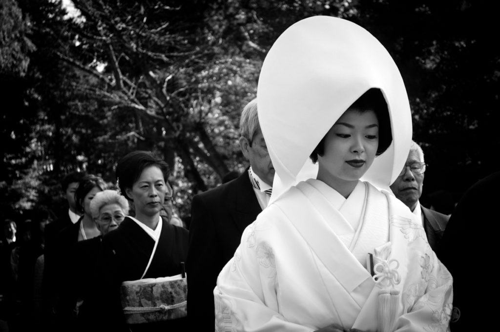 kamakura-japan-tsurugaoka-hachimangu-shrine-japanese-bride-nikon-d5000-18-55mm-karan-jaura