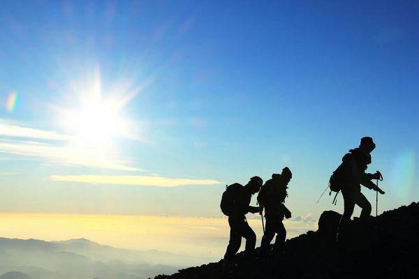 escalar o monte fuji