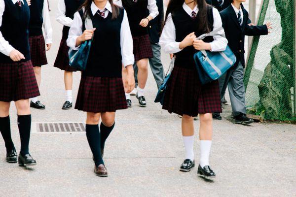 O Mistério por Trás das Altas Taxas de Suicídio Infantil no Japão!