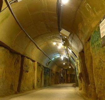 A Trágica História dos Túneis Subterrâneos de Okinawa
