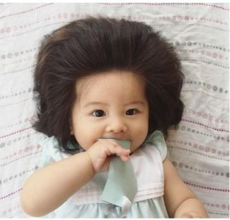 Bebê Japonesa Cabeluda vem fazendo Sucesso no Instagram