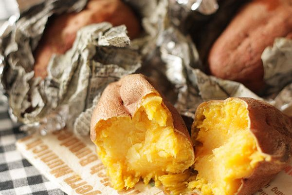Yakiimo (batata-doce assada)