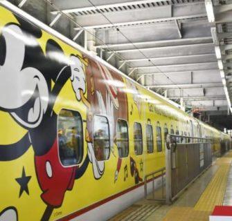 Embarque no maravilhoso mundo do Mickey Mouse com esse novo shinkansen em Kyushu