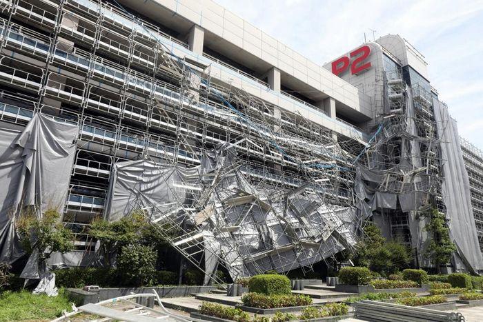 Danos causados pelo Tufão Faxai